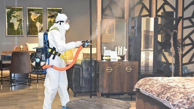 از بین بردن حشرات و آفات در سالن ها و اتاق خواب ها